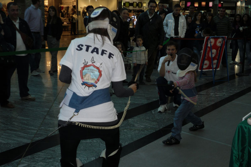 duello-in-centro-metropolis-2011-11